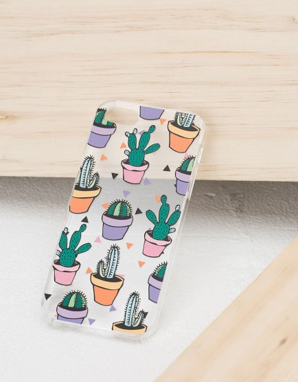 Crédit photo : http://www.bershka.com/be/coque-transparente-cactus-iphone-5-5s/coque-transparente-cactus-iphone-5-5s-c0p6886720.html